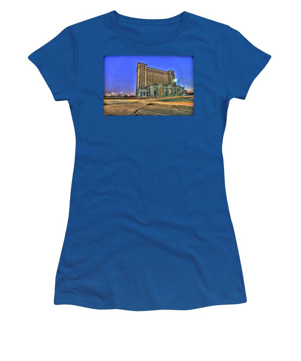 Michigan Central Women's T-Shirt featuring the photograph Michigan Central Train Depot Station Detroit Mi by Nicholas Grunas