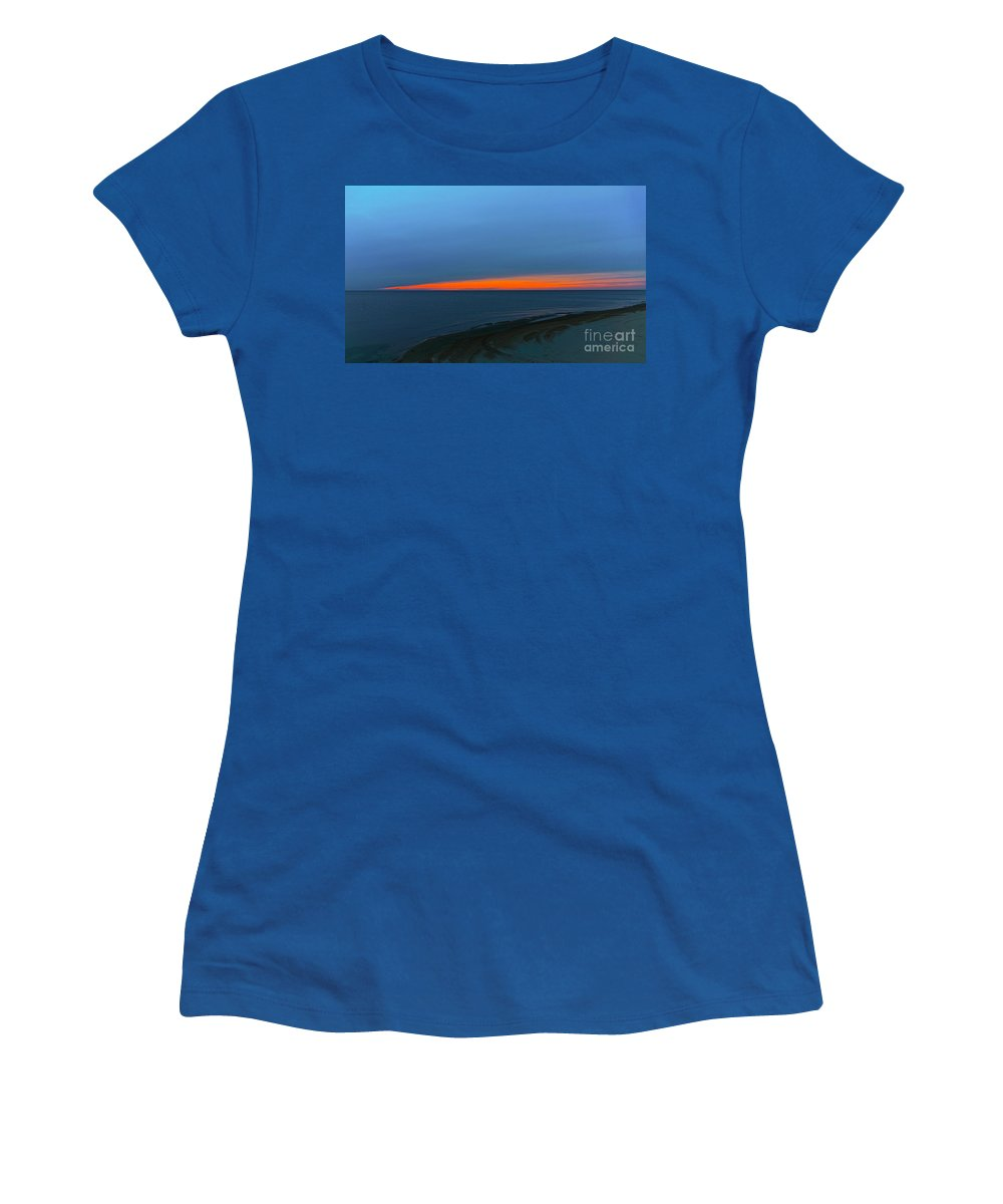 Related Tags: Sunset Artwork Women's T-Shirt featuring the photograph A Sliver Of Sunset by Robert Pearson