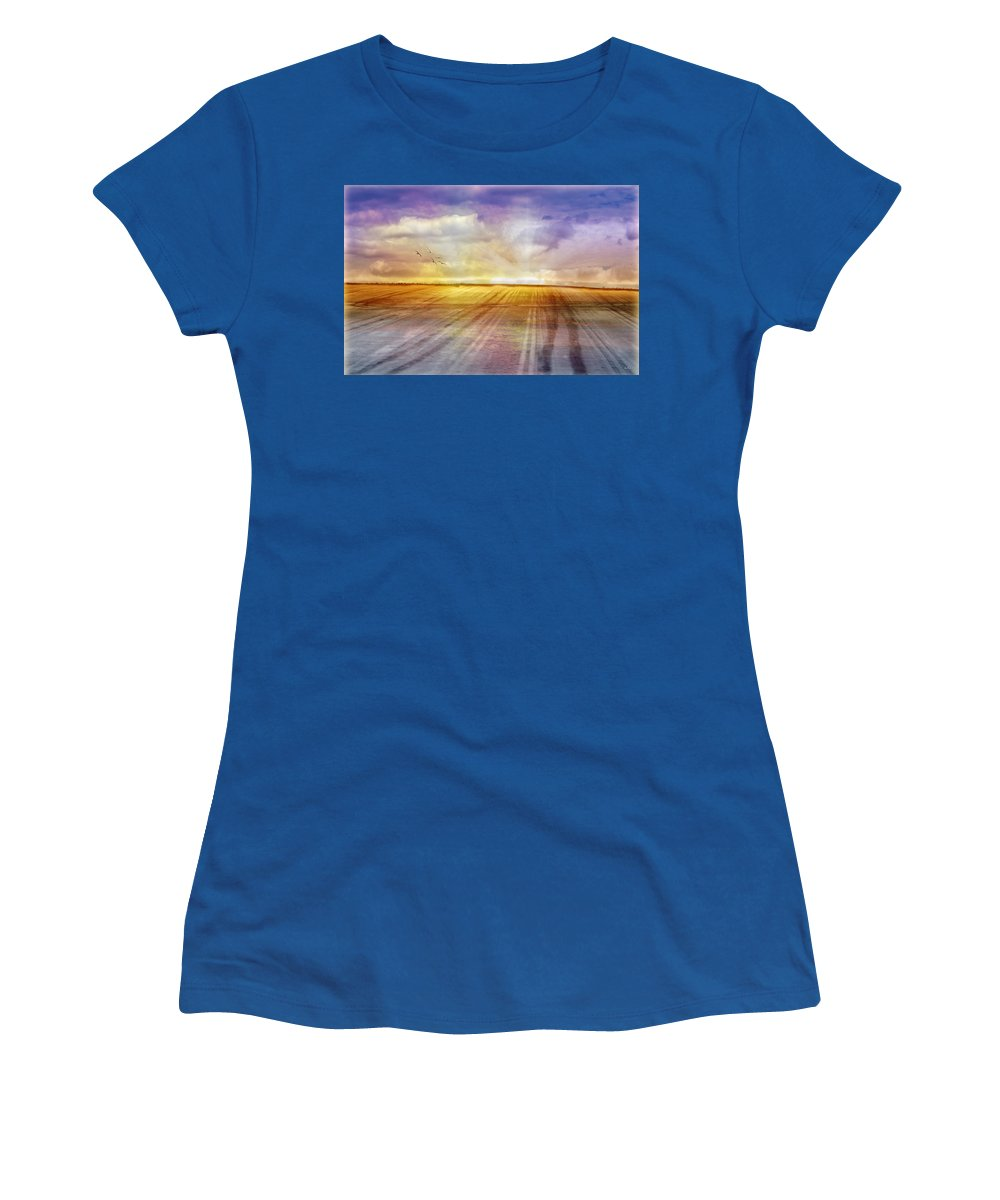 Landscapes Women's T-Shirt featuring the photograph Choices by Holly Kempe