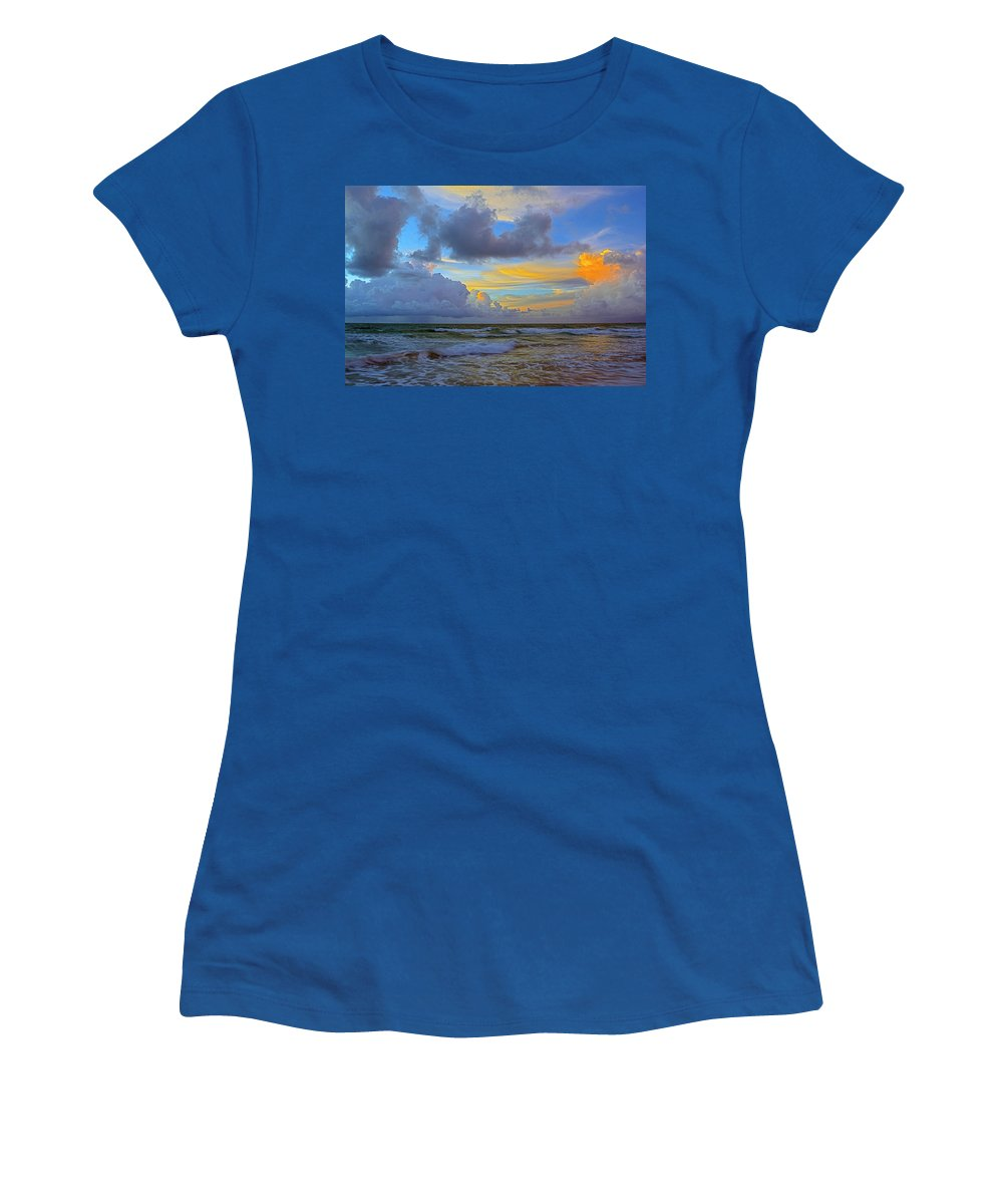 #southbeach #miamibeach #sunrise #miamiphotographer #stevelipsonphotography #streetart #ocean #clouds #goldcoast #zazzle #photo #togs #southflorida #lifestyle #advertisingagency #creative #seascape #landscape #outdoors Women's T-Shirt featuring the photograph South Beach 3633a by Steve Lipson
