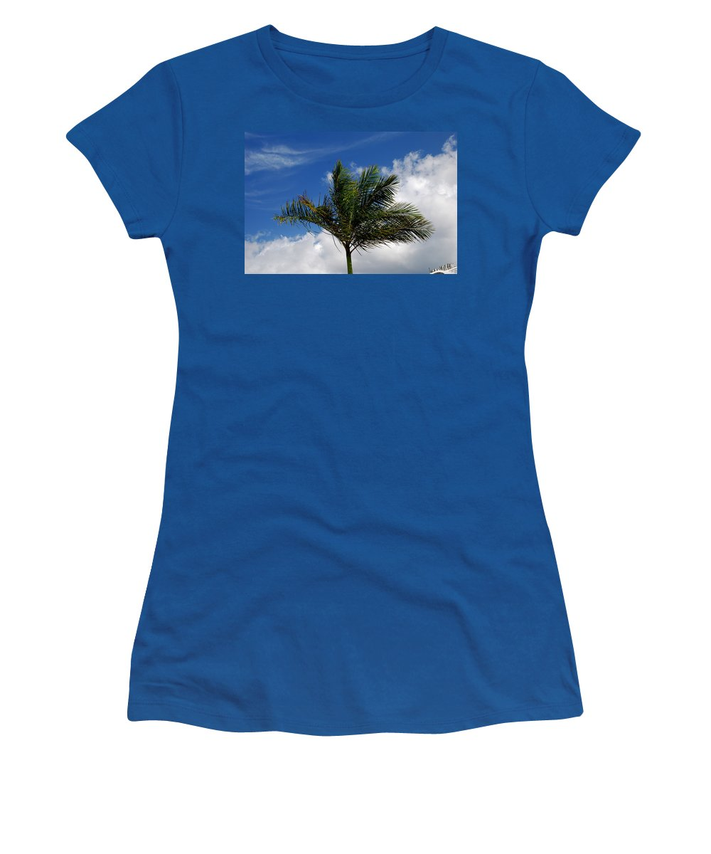 Palm Tree Women's T-Shirt featuring the photograph Tropical Breeze by Gary Wonning