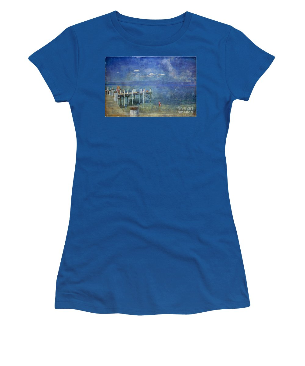 Chambers Landing Lake Tahoe Ca Women's T-Shirt featuring the photograph Wish You Were Here Chambers Landing Lake Tahoe Ca by David Zanzinger