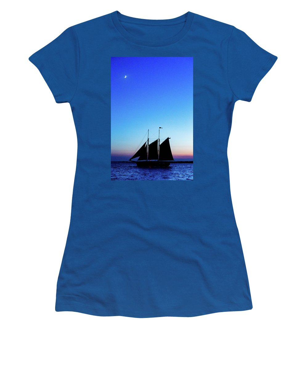 Newport Women's T-Shirt featuring the photograph Sailing Into Sunset by Janet Argenta