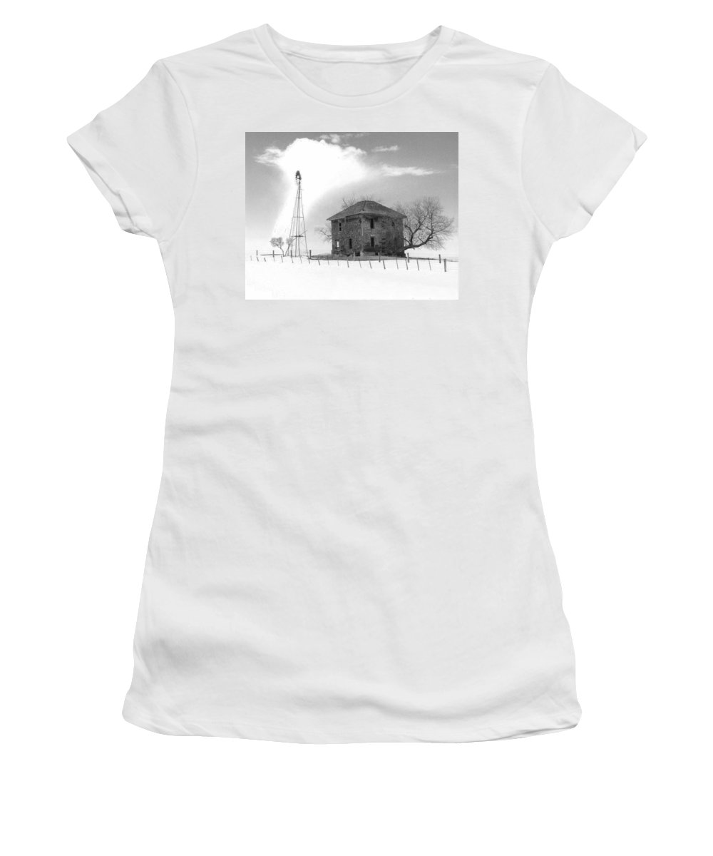 Abandoned Women's T-Shirt (Athletic Fit) featuring the photograph Abandoned Farmhouse by Richard Kitchen