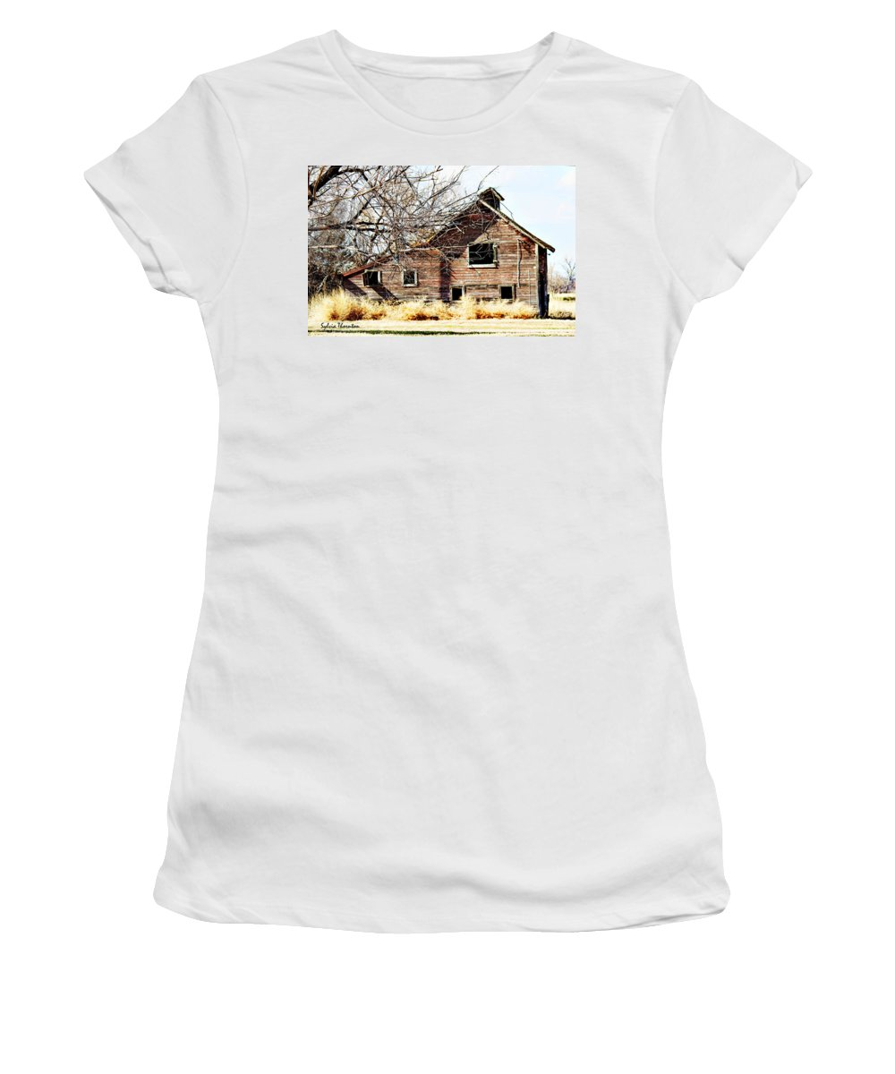 Old Barn Women's T-Shirt (Athletic Fit) featuring the photograph Petite Barn by Sylvia Thornton