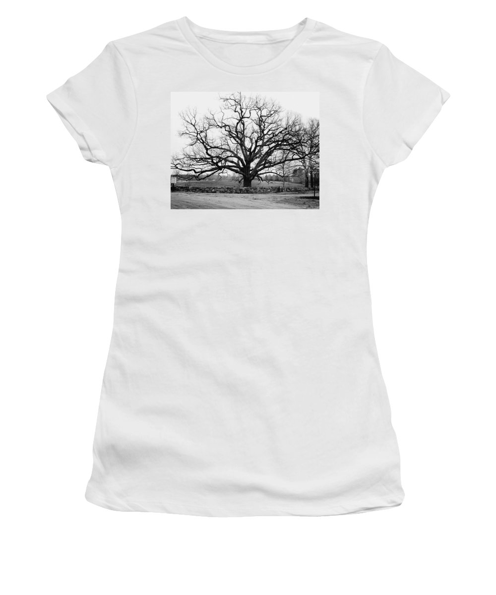 Exterior Women's T-Shirt featuring the photograph A Bare Oak Tree by Tom Leonard