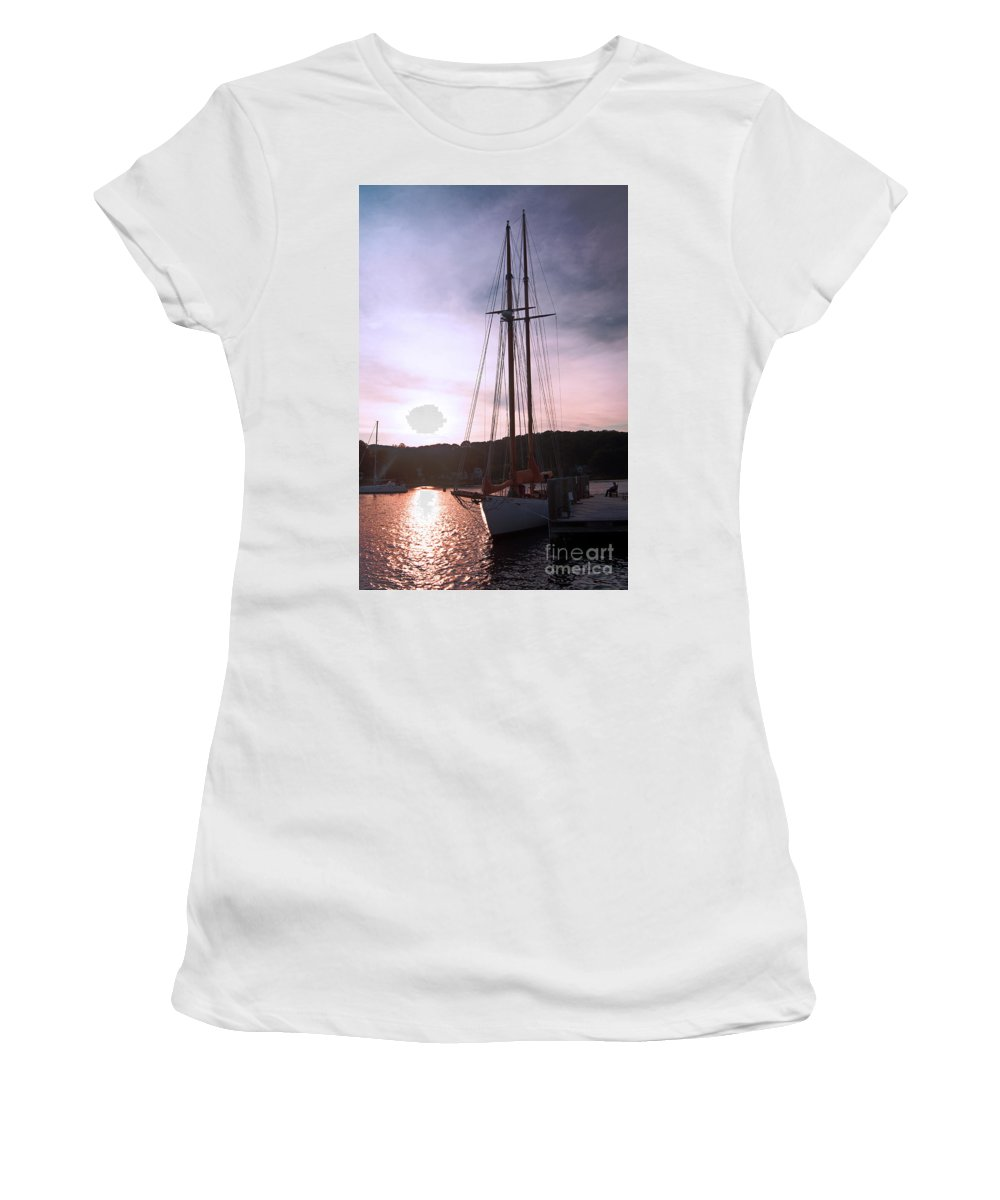 Sail Women's T-Shirt featuring the photograph Best Seat In Town by Joe Geraci