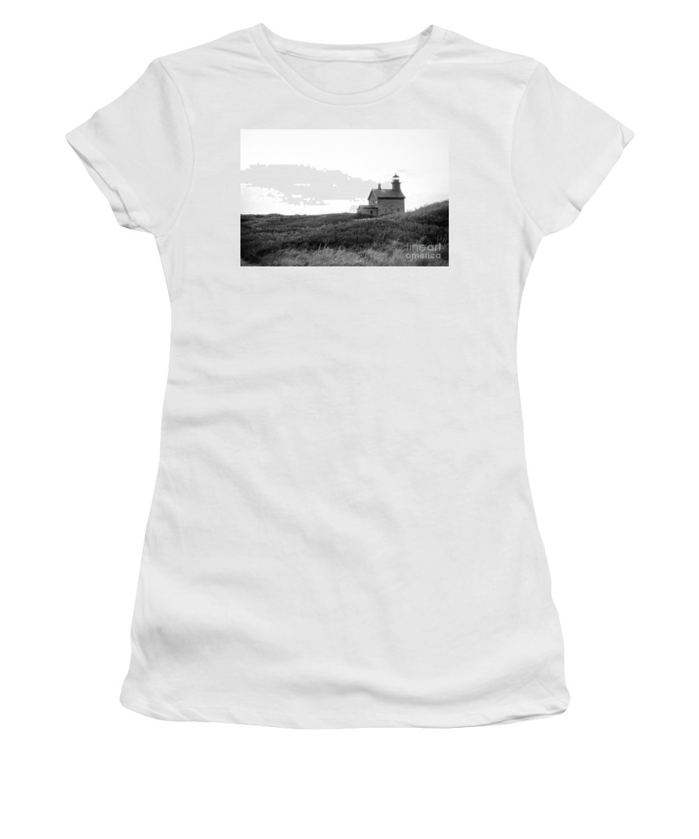 Lighthouses Women's T-Shirt featuring the photograph Block Island North Light by Skip Willits