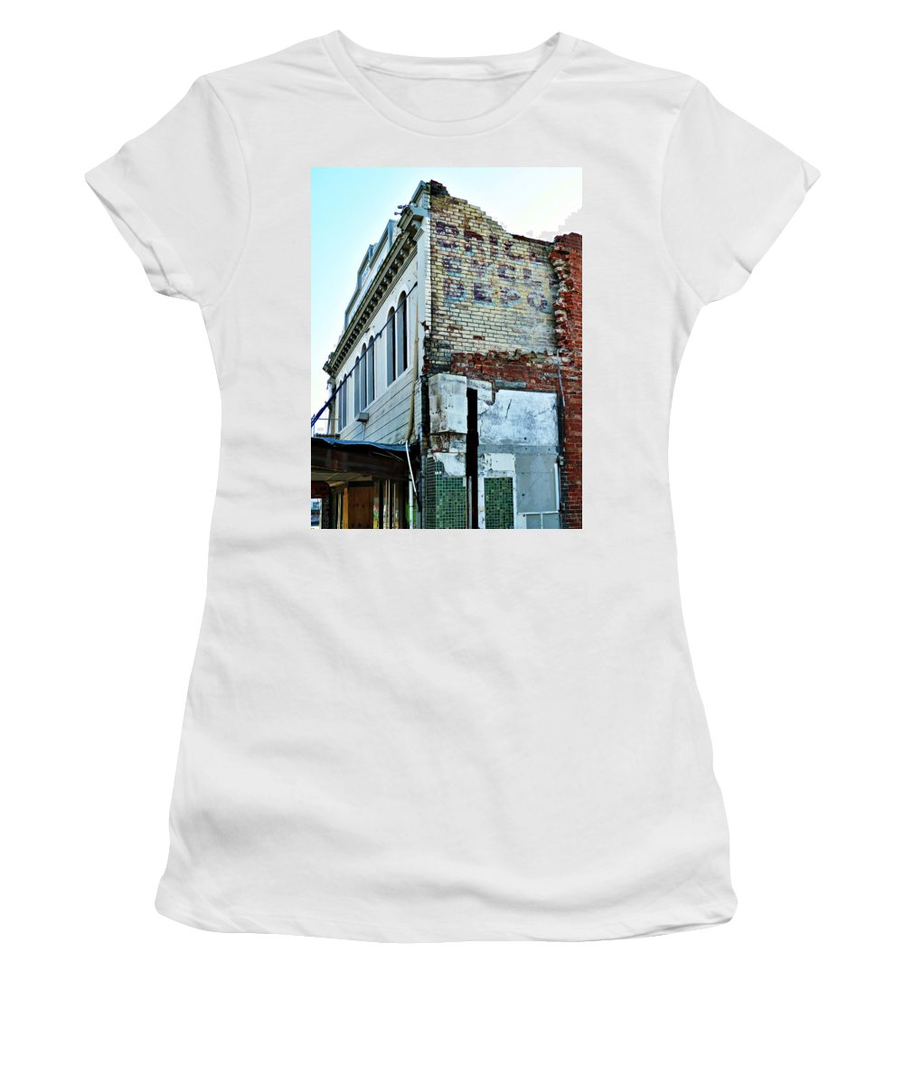 Brice Women's T-Shirt featuring the photograph Brice Cycle Depot by Steve Taylor