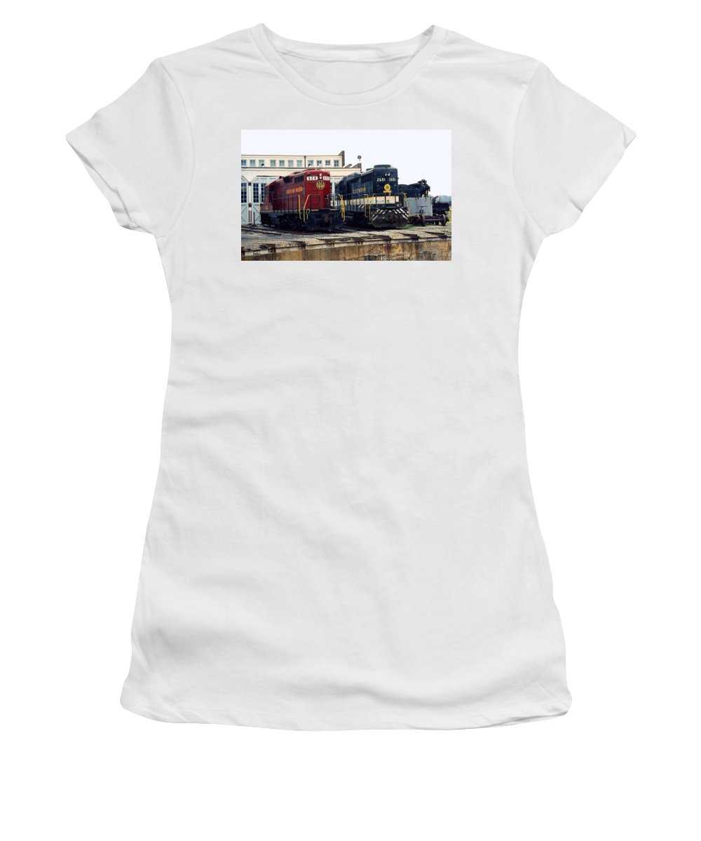 Trains Women's T-Shirt featuring the photograph Cousins by Richard Rizzo