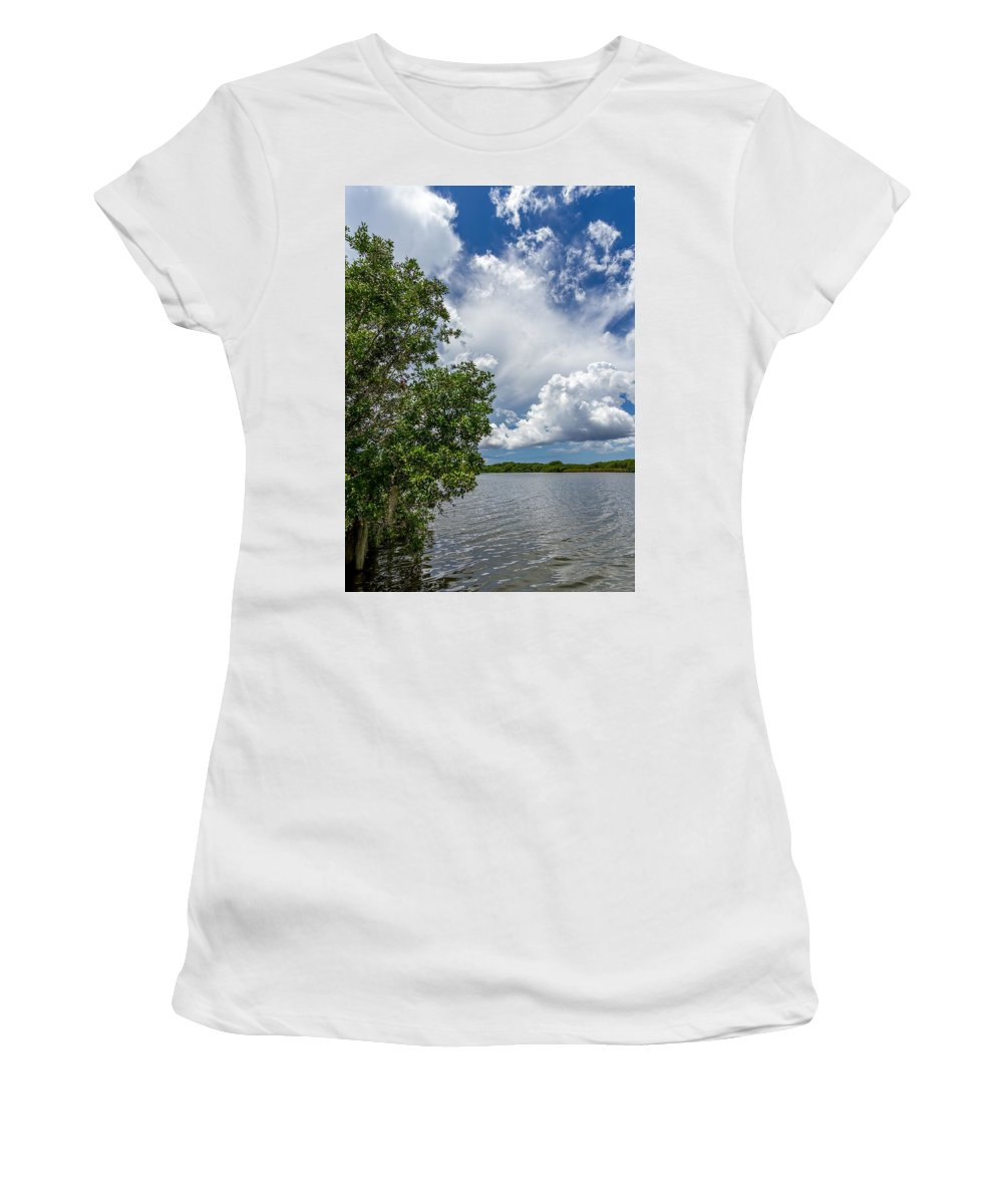 Everglades Women's T-Shirt featuring the photograph Everglades 0266 by Rudy Umans
