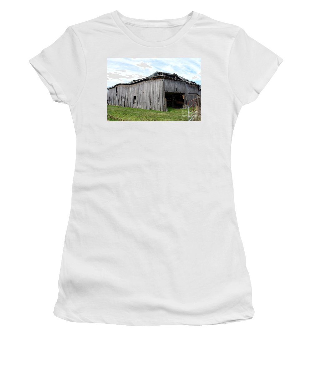 Old Barn Collapsing Women's T-Shirt featuring the photograph Falling Down by Kitrina Arbuckle