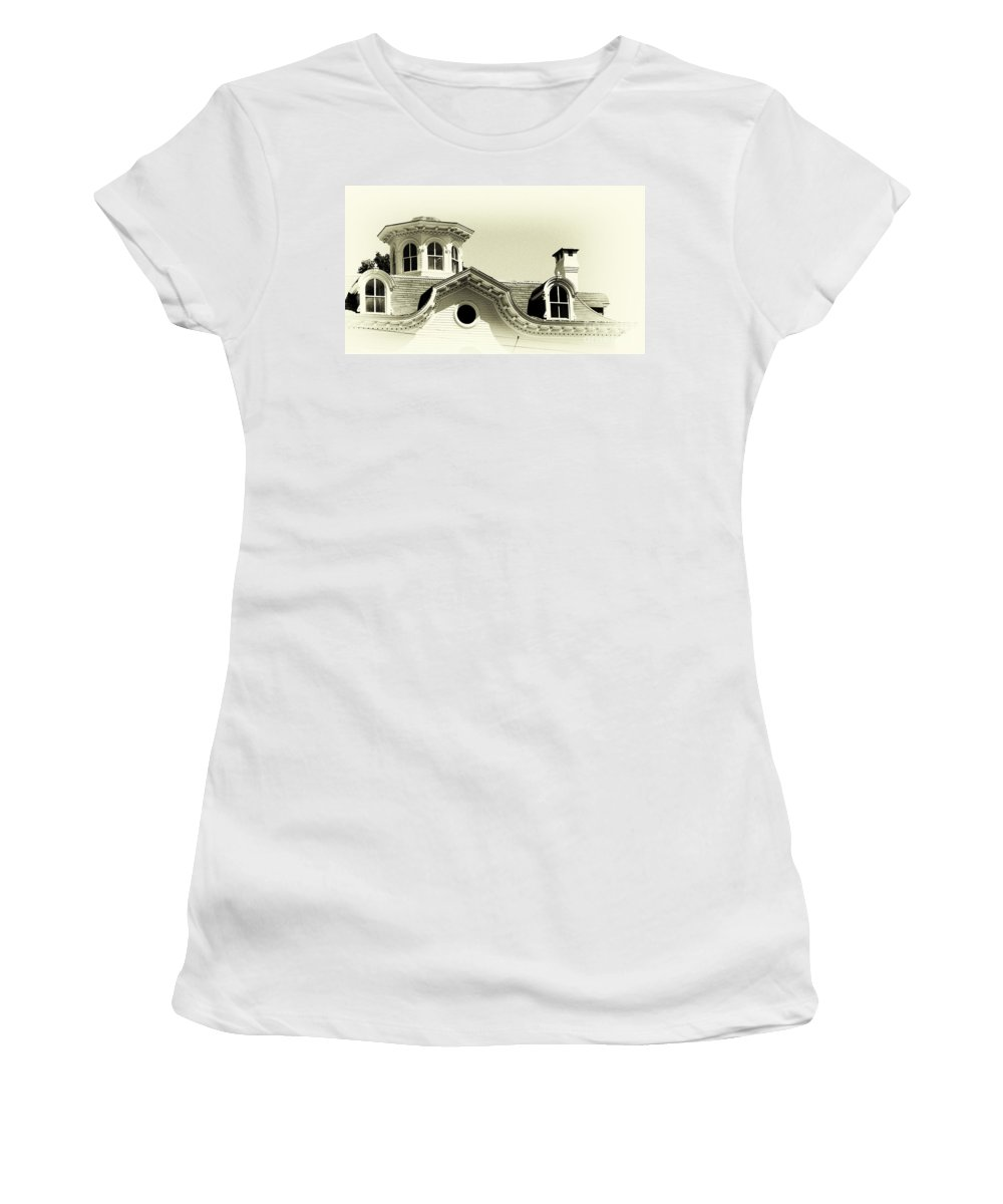 House Women's T-Shirt featuring the photograph Fine Lines by Joe Geraci