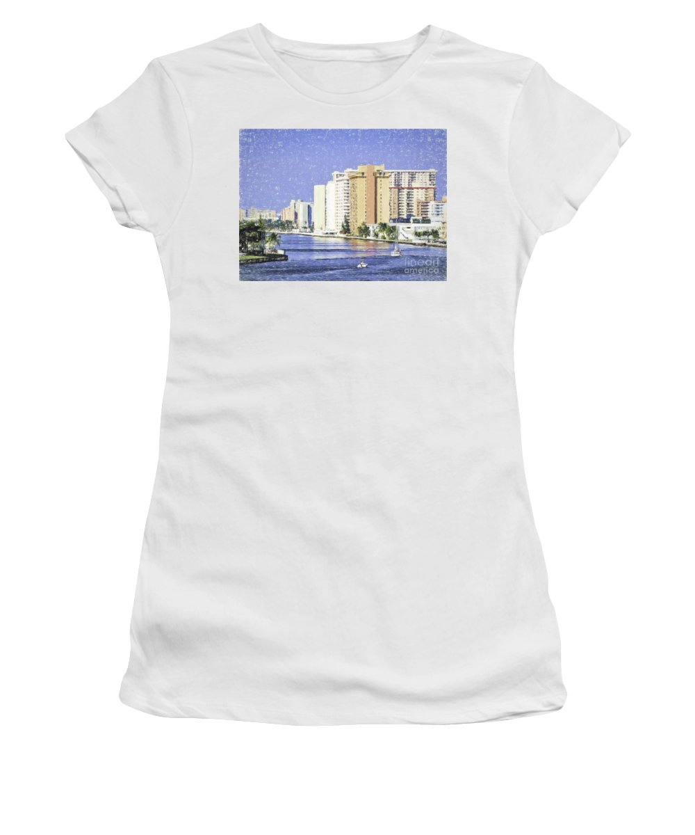 Hollywood Women's T-Shirt (Athletic Fit) featuring the photograph Hollywood In Florida by Les Palenik