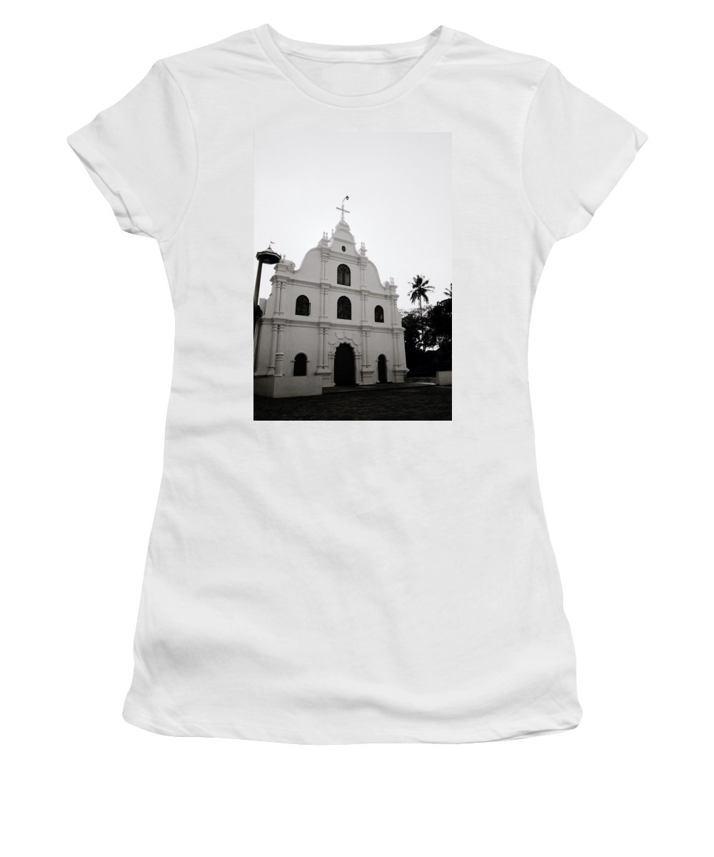 Cochin Women's T-Shirt featuring the photograph Ethereal Cochin by Shaun Higson