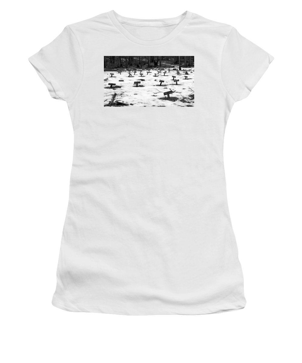 Heart Women's T-Shirt featuring the photograph Letchworth Village Cemetery by Art Dingo