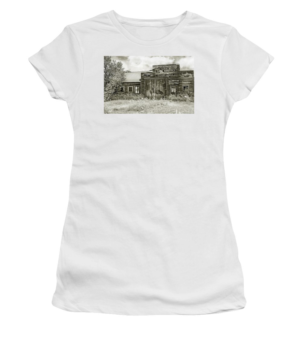 Buildings Women's T-Shirt (Athletic Fit) featuring the photograph Nichols Garage by John Anderson
