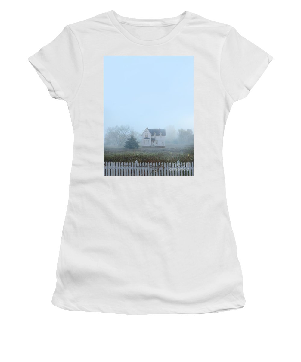 House Women's T-Shirt featuring the photograph Old House In The Mist by Jill Battaglia
