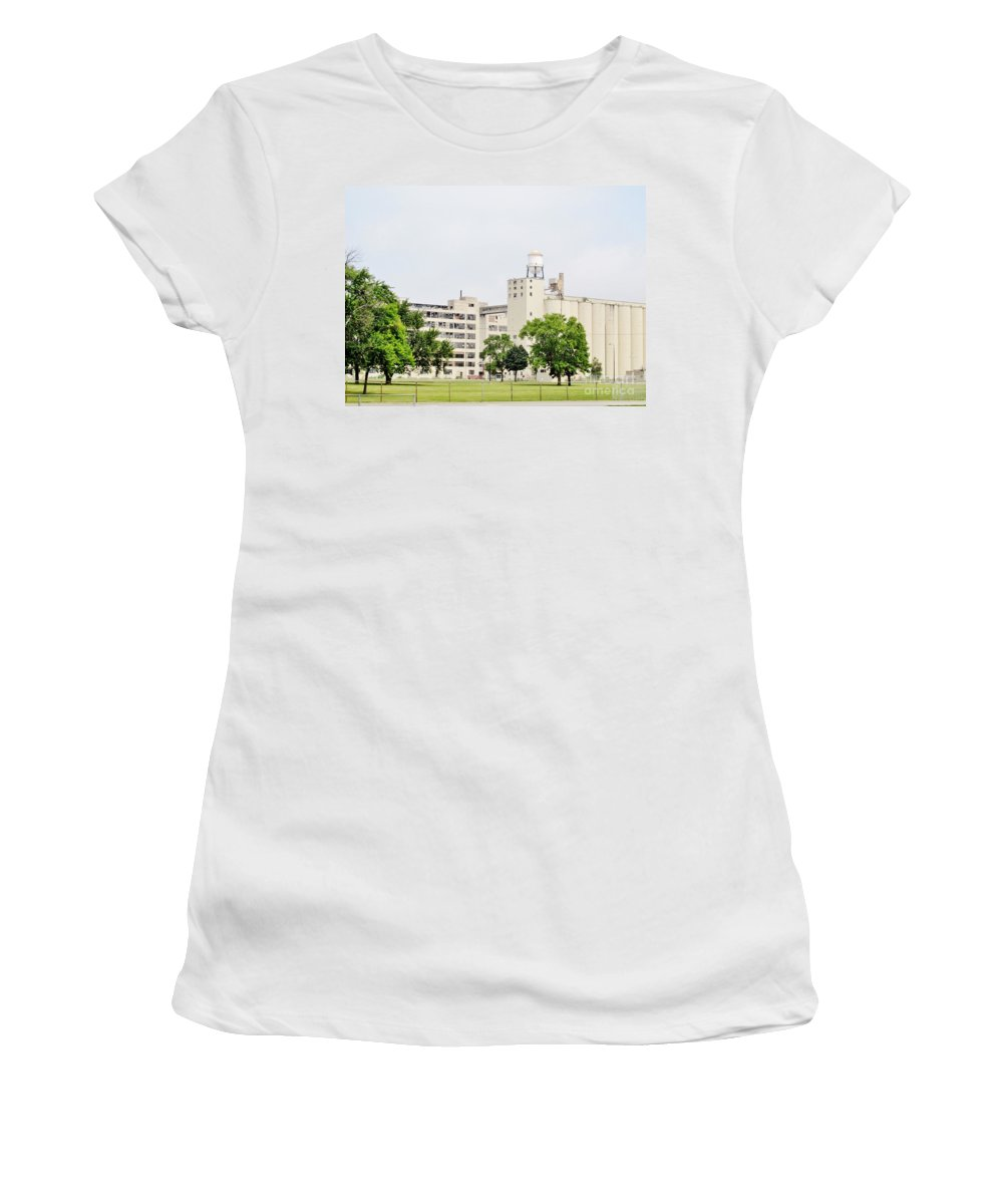 General Foods Women's T-Shirt featuring the photograph Out Of Business by Don Baker