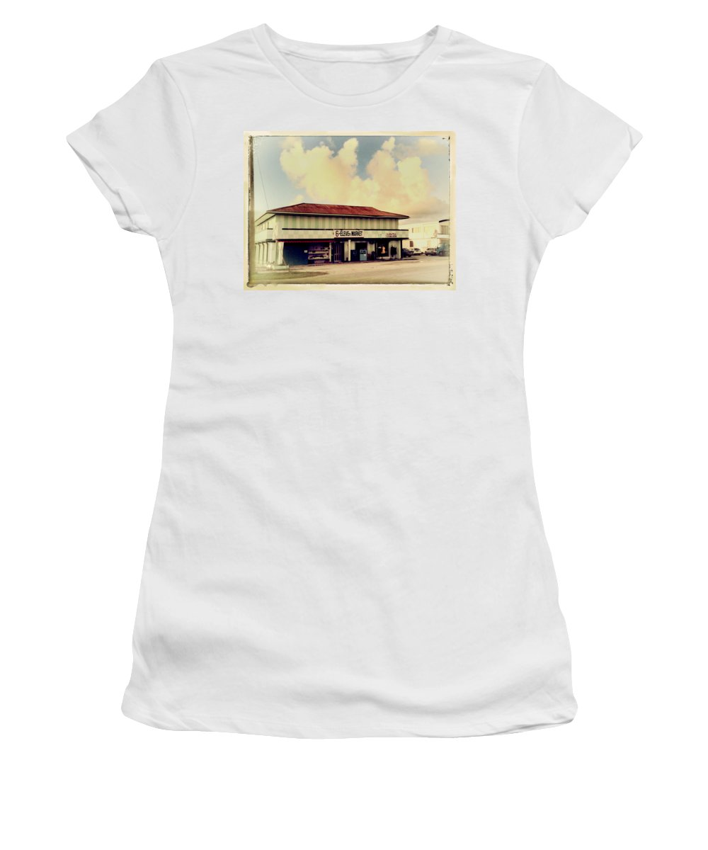 Little Market Women's T-Shirt (Athletic Fit) featuring the photograph Sunday Morning At The 6-eleven by Dominic Piperata
