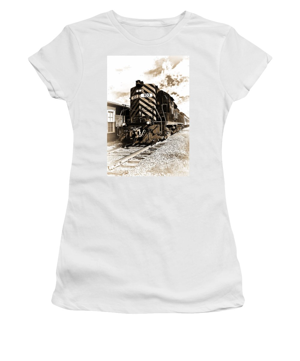 Railroad Women's T-Shirt featuring the photograph Wheeling And Lake Erie by Marcia Colelli