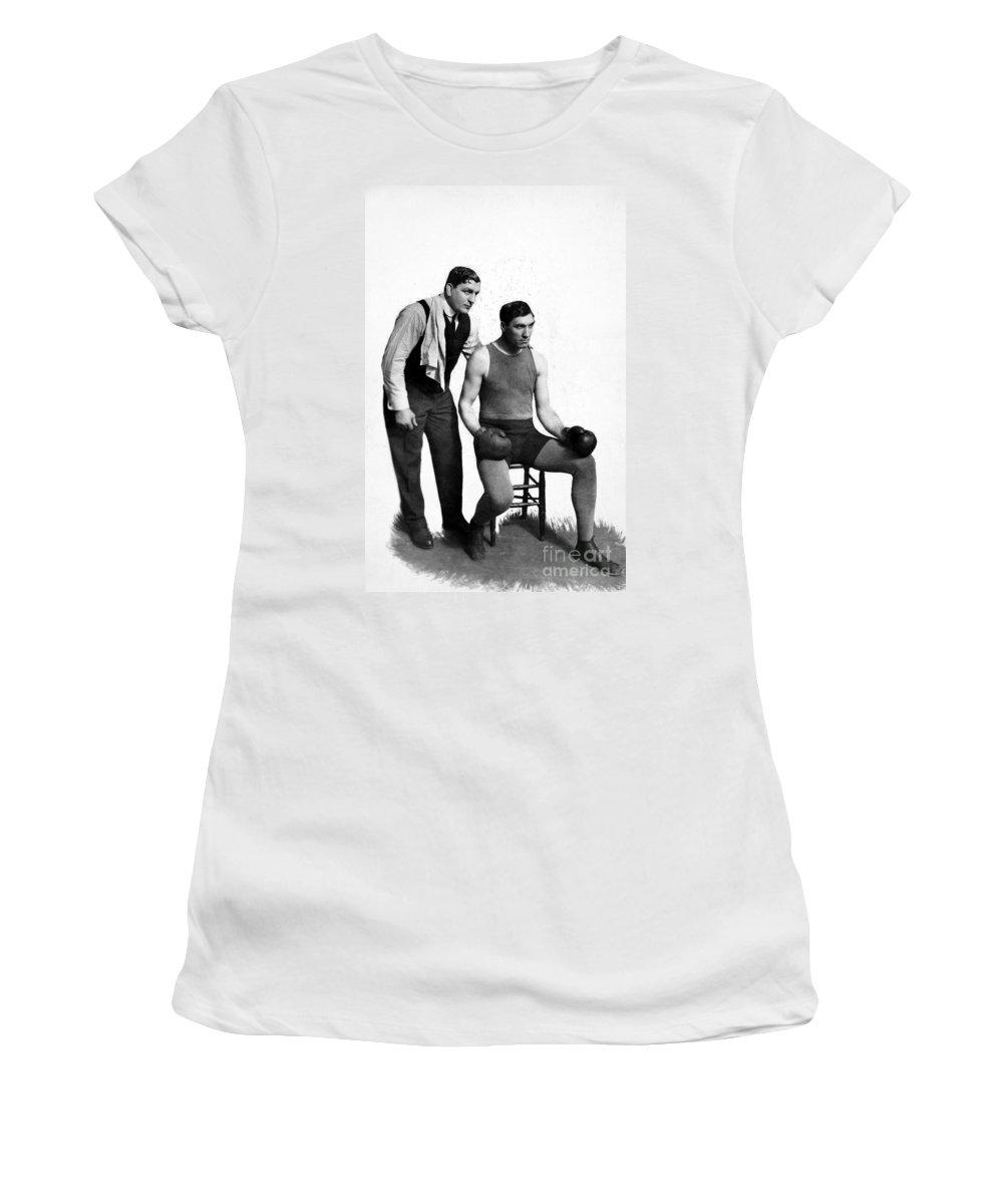 1915 Women's T-Shirt featuring the photograph Jess Willard (1883-1968) by Granger