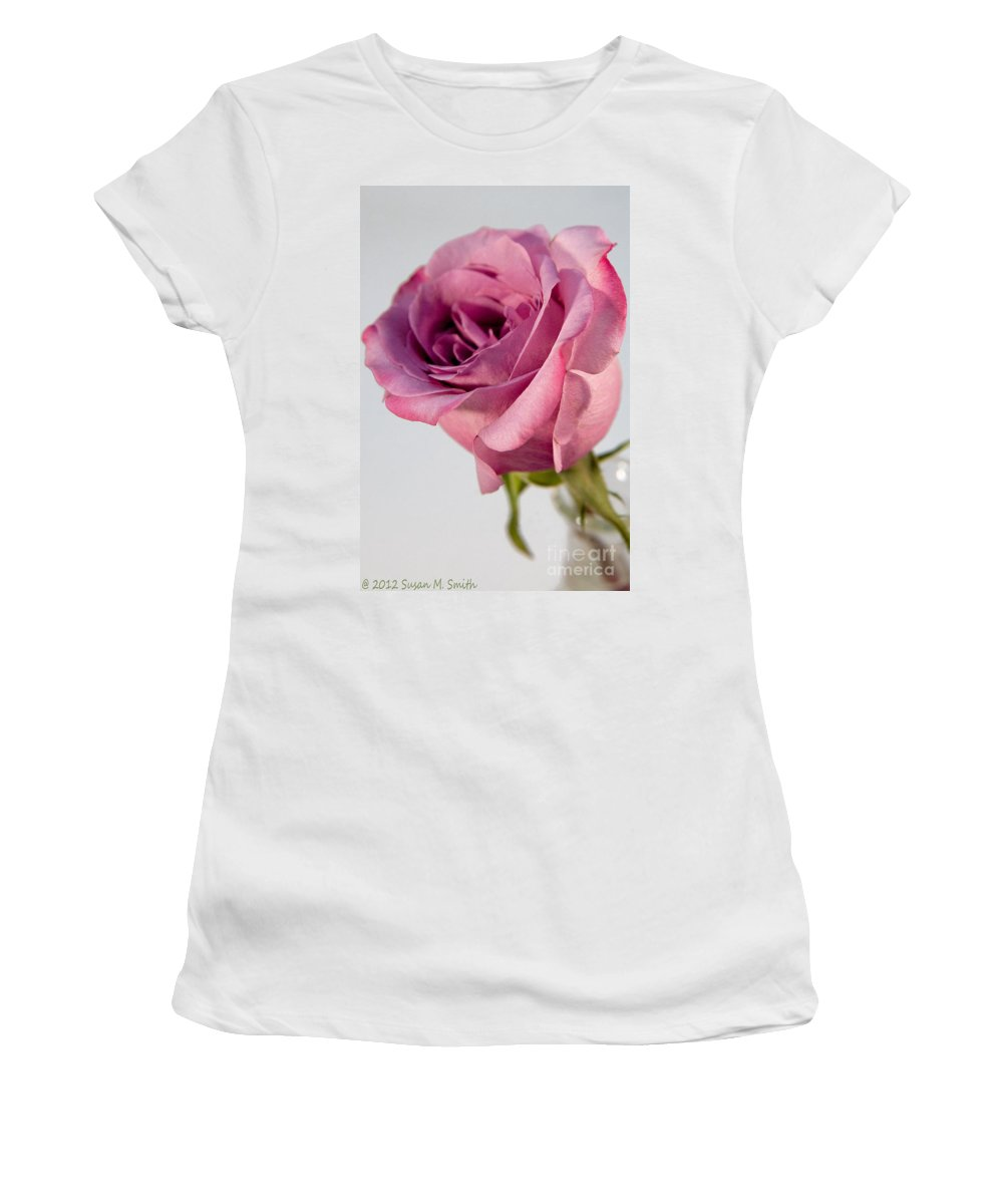 Flower Women's T-Shirt (Athletic Fit) featuring the photograph Edgy by Susan Smith