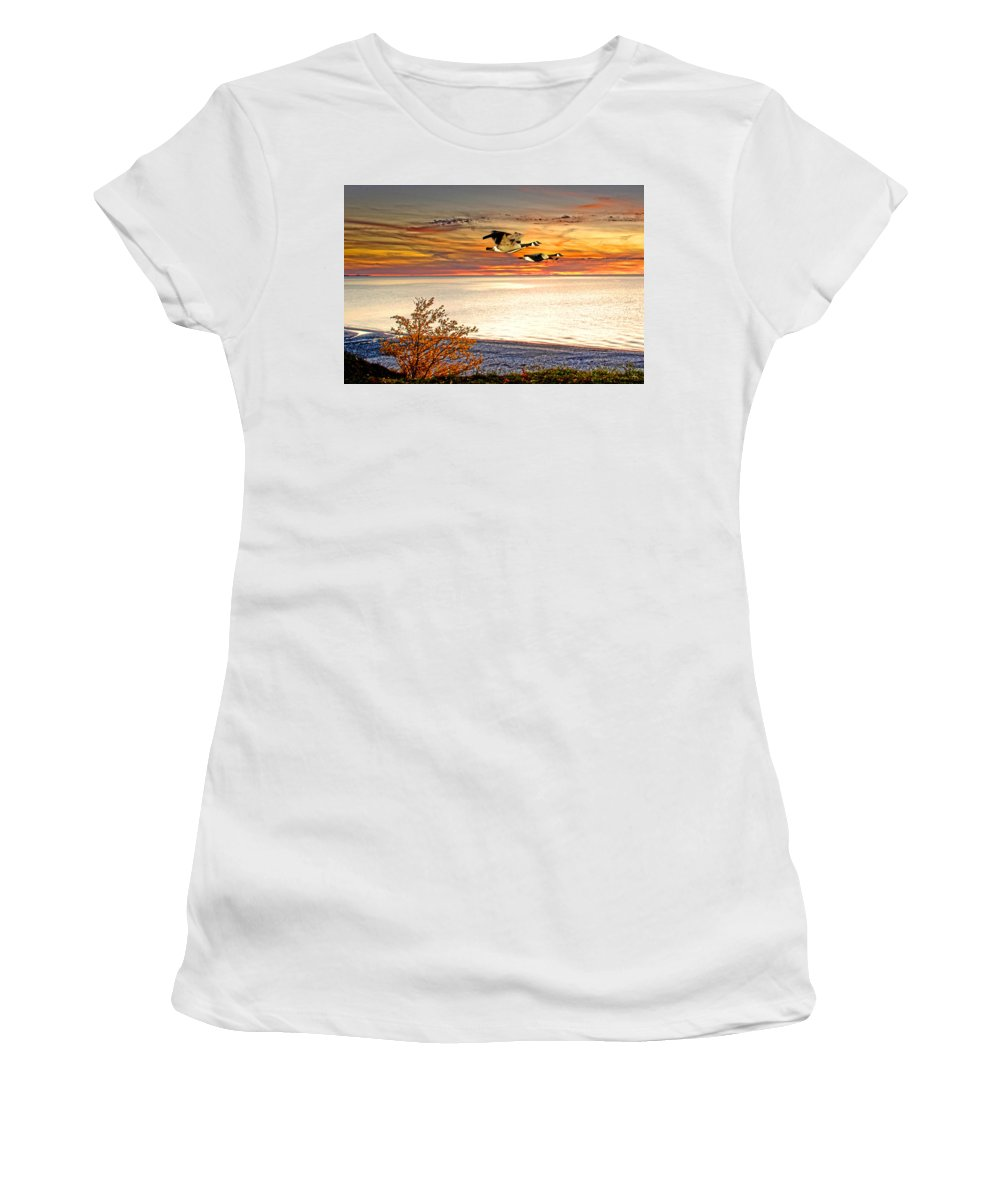 Sunset Photos Women's T-Shirt featuring the photograph Going For The Gold by Randall Branham