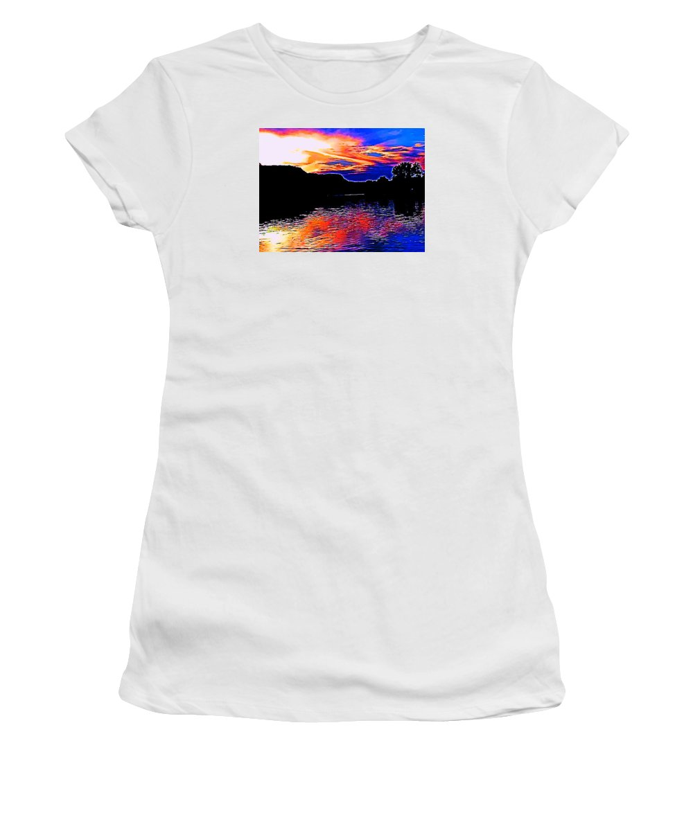 Bluffs.trees.water Women's T-Shirt (Athletic Fit) featuring the photograph Gods Water Colors by Lori Faircloth