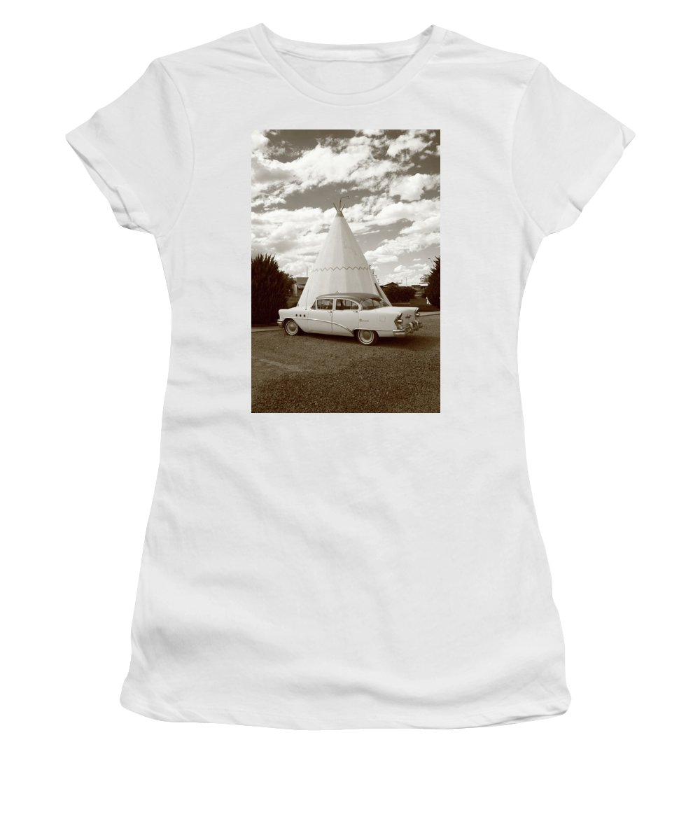 66 Women's T-Shirt (Athletic Fit) featuring the photograph Route 66 - Wigwam Motel by Frank Romeo