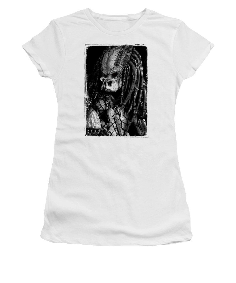Predator Women's T-Shirt featuring the photograph Predator Yautja by Twentyfirst Centuryart
