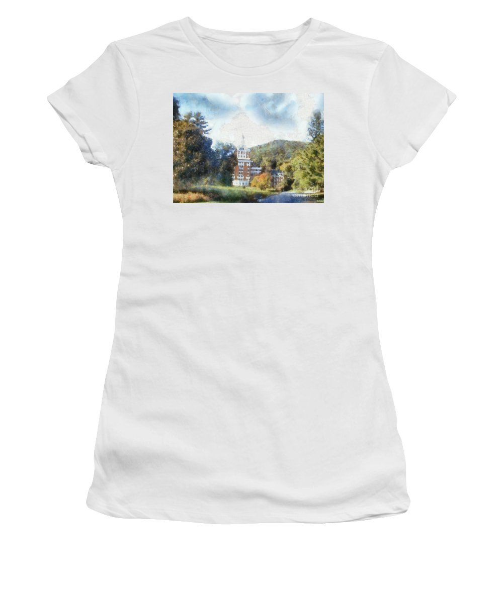 Homestead Women's T-Shirt (Athletic Fit) featuring the photograph Approaching The Homestead by Paulette B Wright