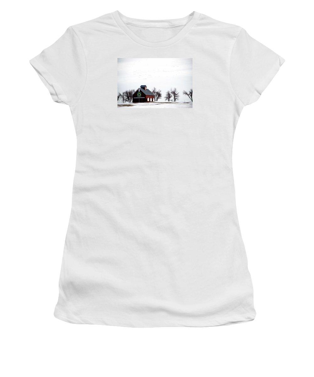 Barn Women's T-Shirt featuring the photograph Barn In The Snow by Jim Schlottman
