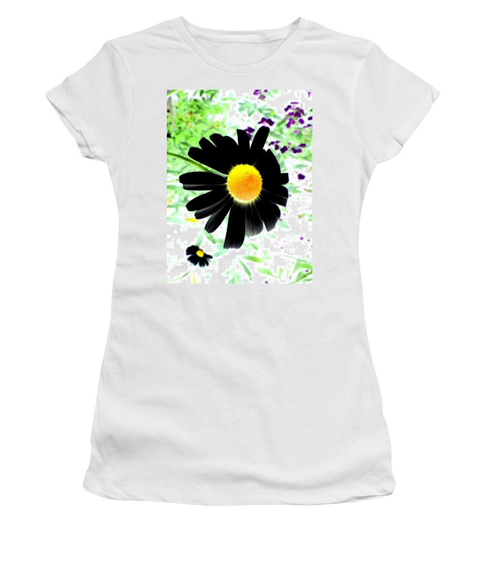 Photo Design Women's T-Shirt (Athletic Fit) featuring the photograph Black Daisy by Will Borden
