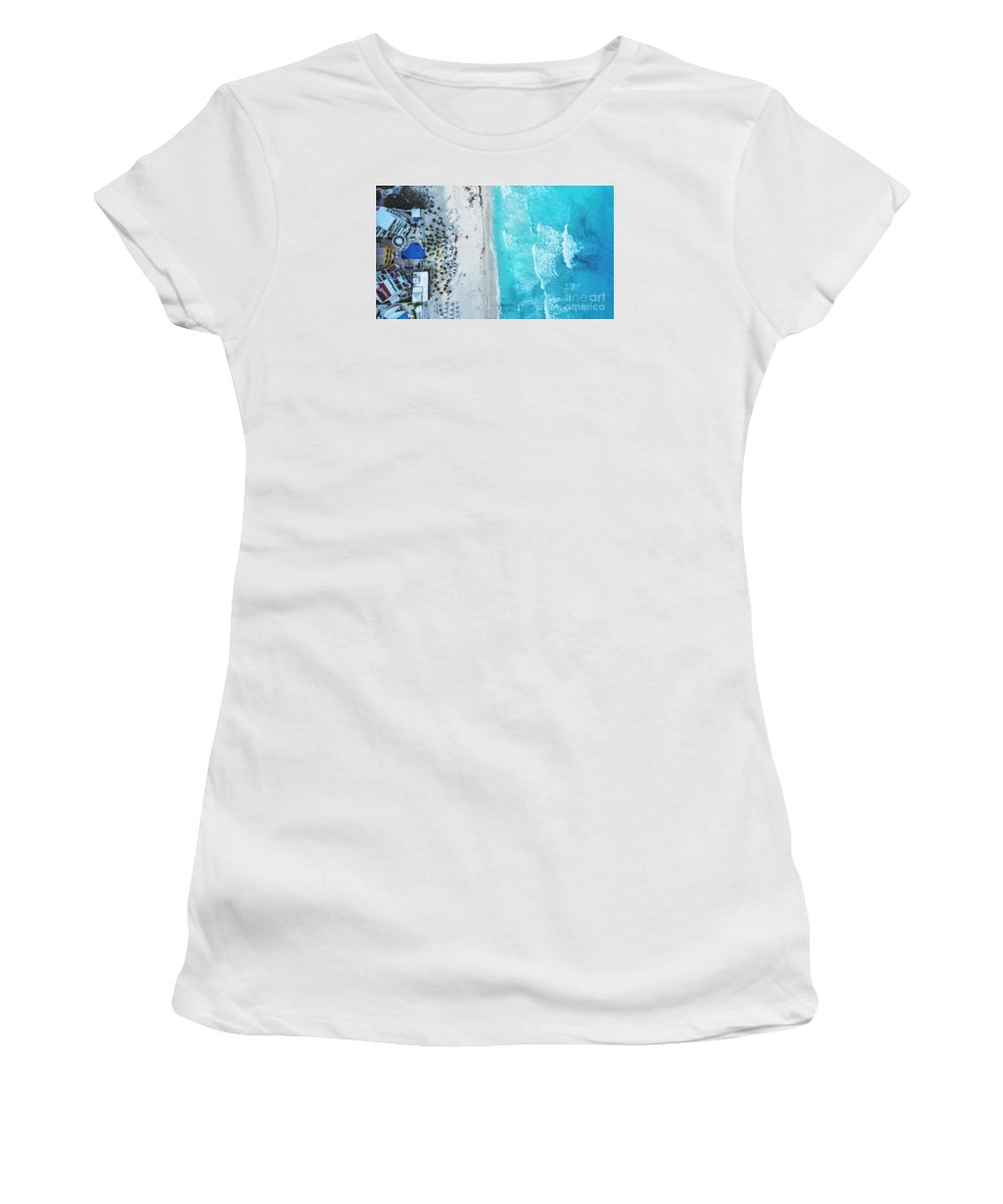 Beach Women's T-Shirt (Athletic Fit) featuring the photograph Cancun by Edgar Lara