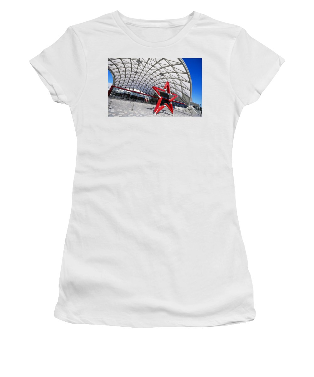 Adelaide Women's T-Shirt (Athletic Fit) featuring the photograph Canopied by Wayne Sherriff