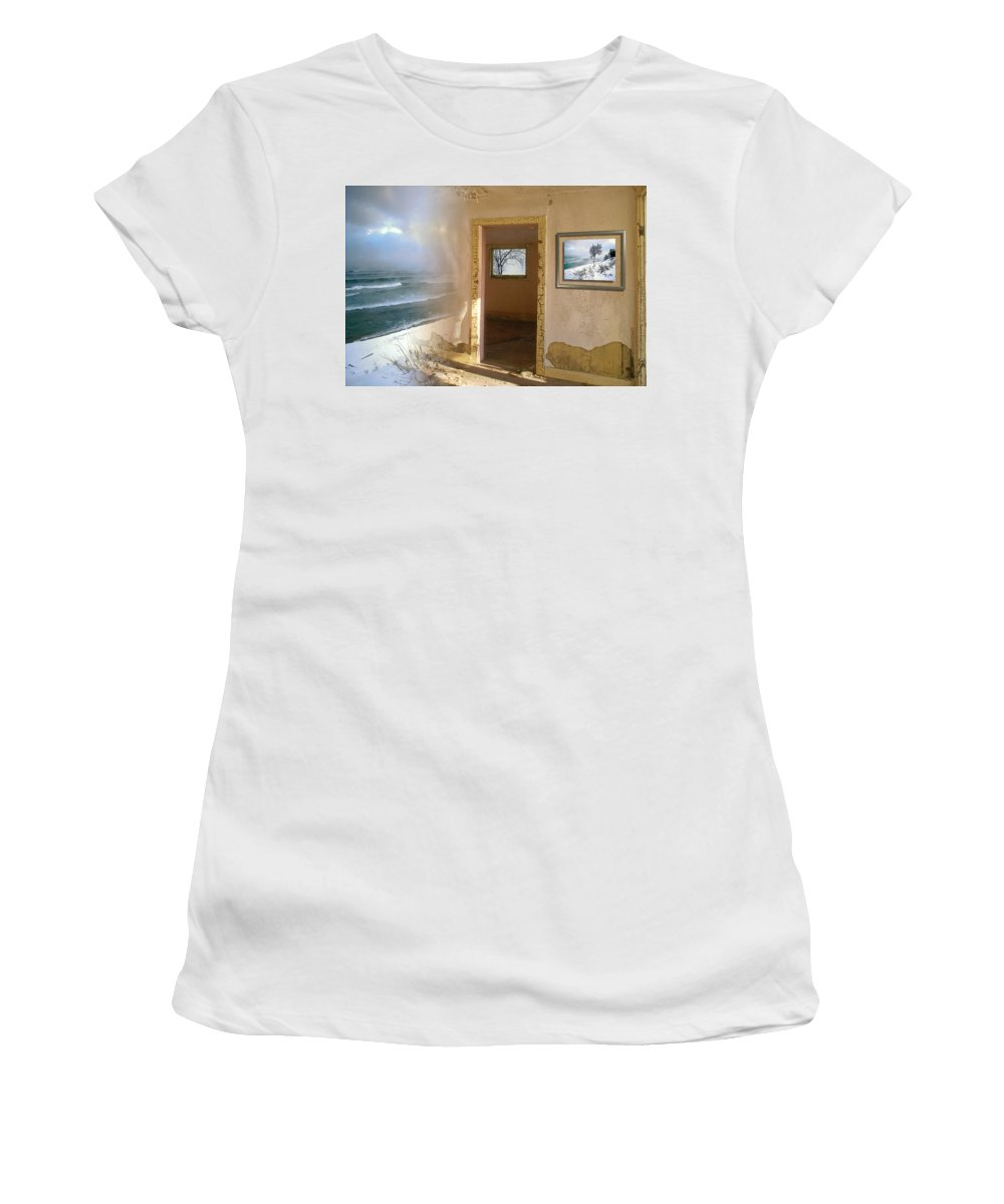Canada Women's T-Shirt (Athletic Fit) featuring the photograph Framed  by Doug Gibbons