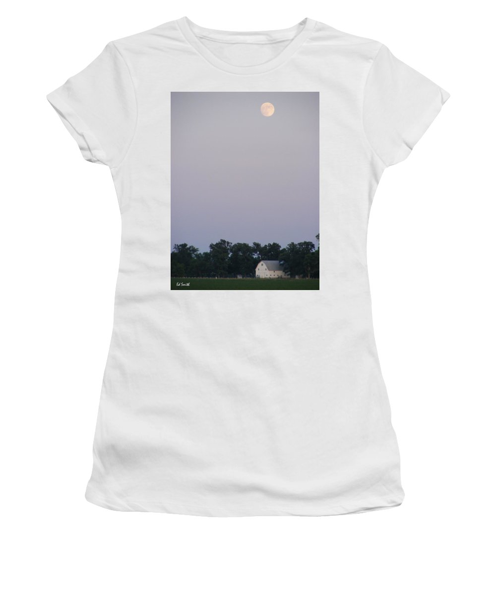 Good Night John Boy Women's T-Shirt (Athletic Fit) featuring the photograph Good Night John Boy by Ed Smith
