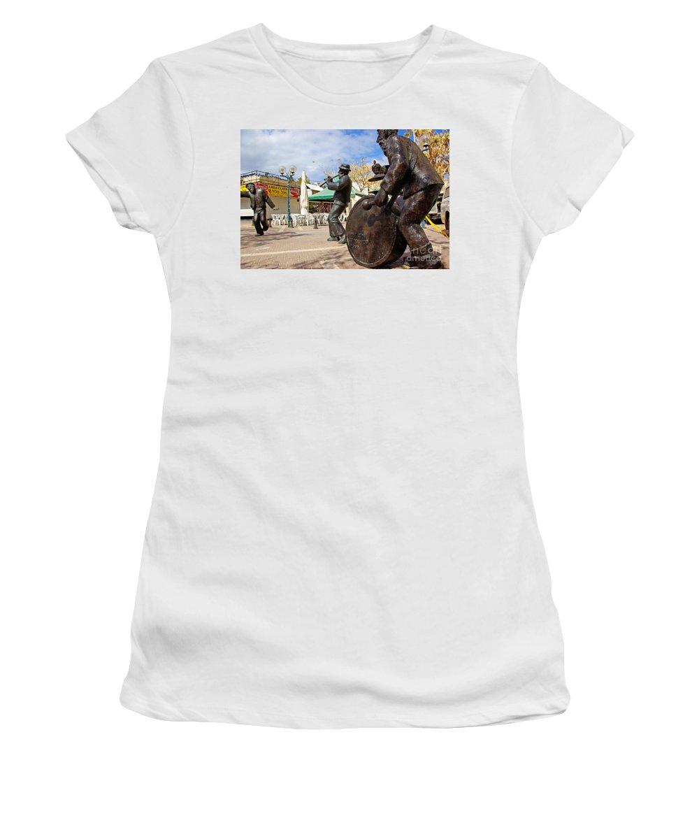 Kleizmer Women's T-Shirt (Athletic Fit) featuring the photograph Kleizmer Band In Bronze by Zal Latzkovich
