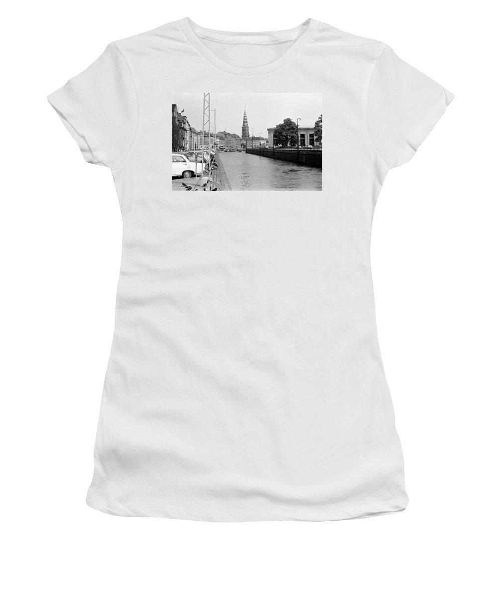 Copenhagen Women's T-Shirt (Athletic Fit) featuring the photograph Kobenhavn Kanal by Lee Santa