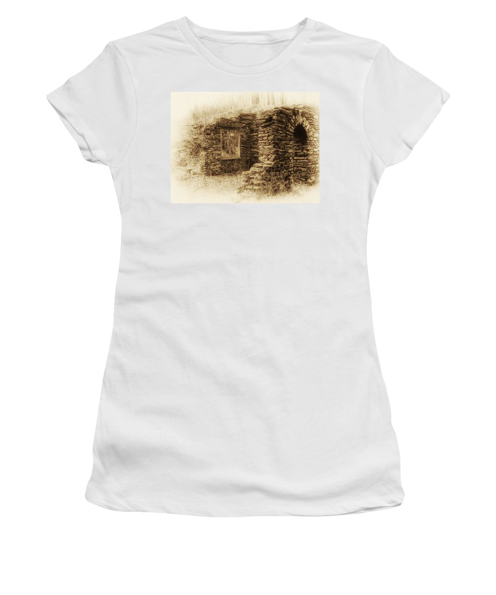 Old House Women's T-Shirt (Athletic Fit) featuring the photograph Living In The Past by Bill Cannon