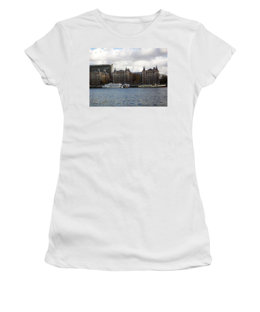 London Women's T-Shirt (Athletic Fit) featuring the photograph London Eye by Munir Alawi