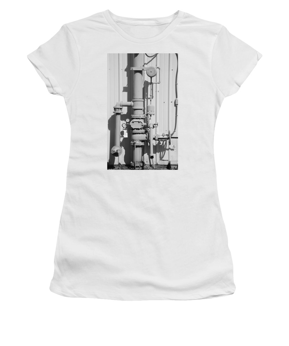 Black And White Women's T-Shirt featuring the photograph Mechanical Doo Dad by Rob Hans