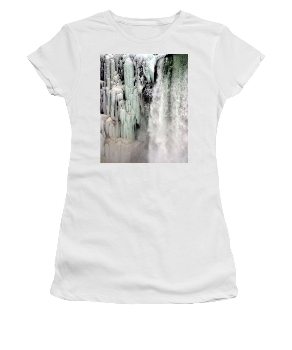Landscape Women's T-Shirt (Athletic Fit) featuring the photograph Niagara Falls 5 by Anthony Jones