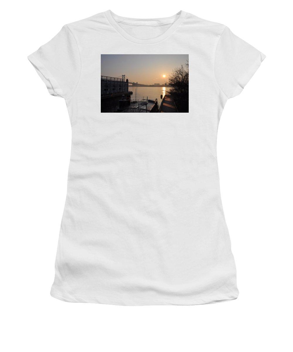 Philadelphia Women's T-Shirt (Athletic Fit) featuring the photograph Philadelphia - Penn's Landing Sunrise by Bill Cannon