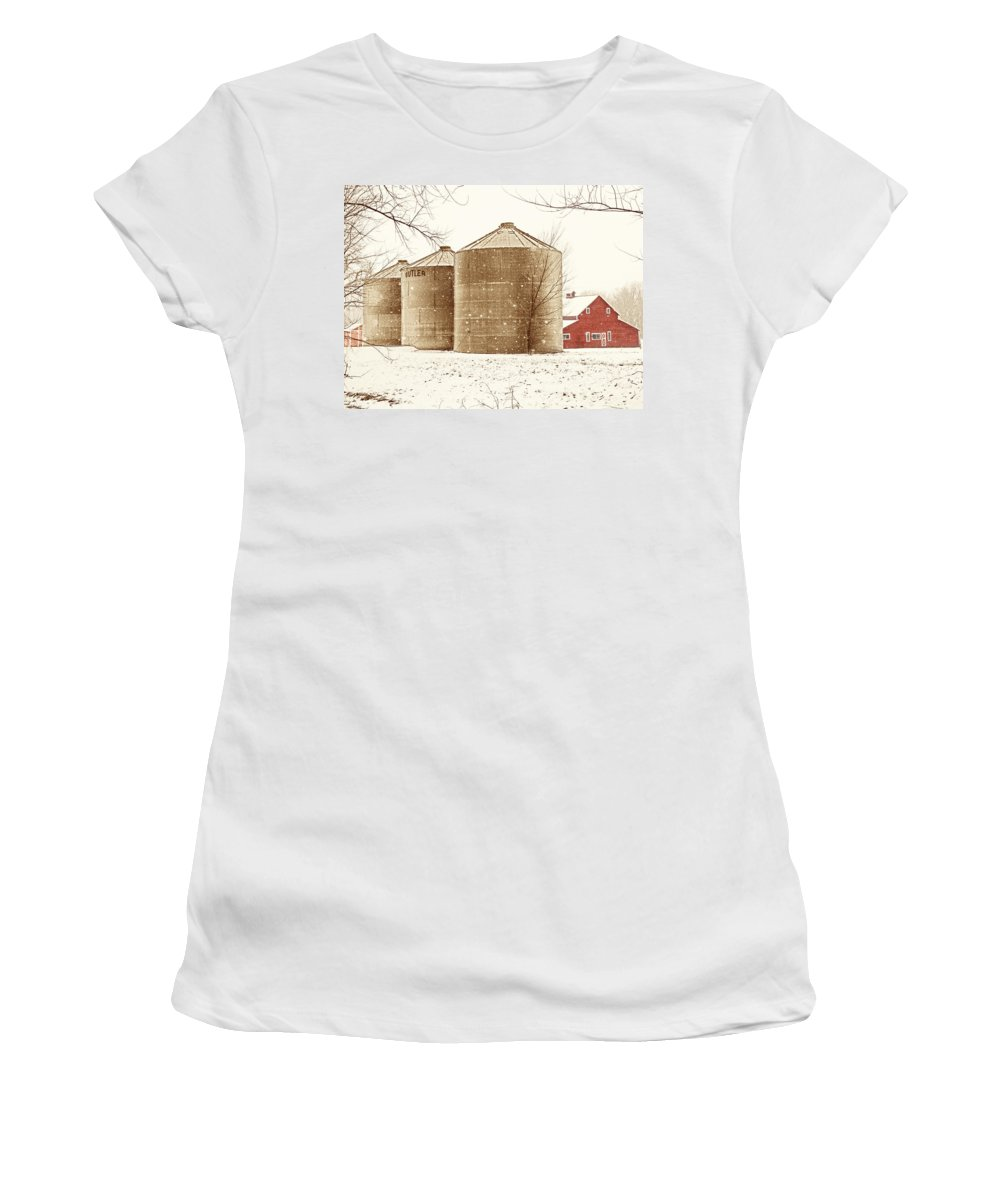 Americana Women's T-Shirt (Athletic Fit) featuring the photograph Red Barn In Snow by Marilyn Hunt