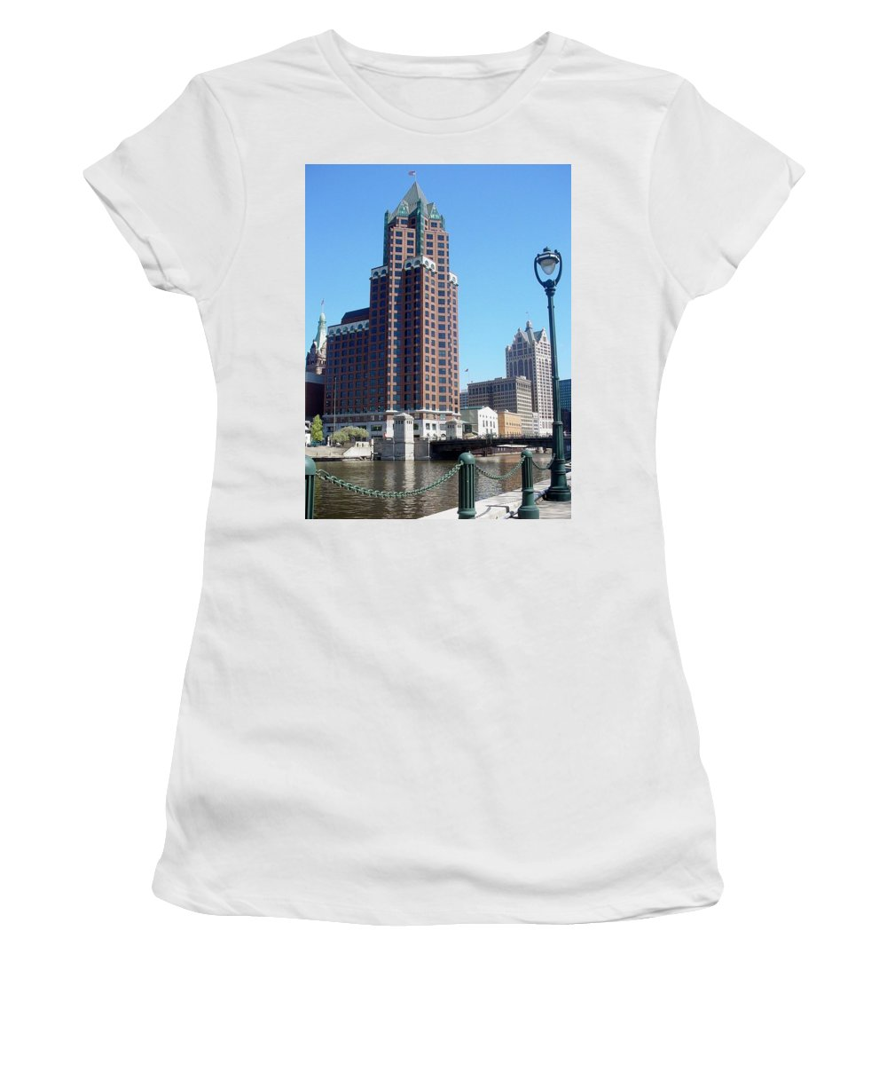 Milwaukee Women's T-Shirt (Athletic Fit) featuring the photograph River Walk View Photo by Anita Burgermeister
