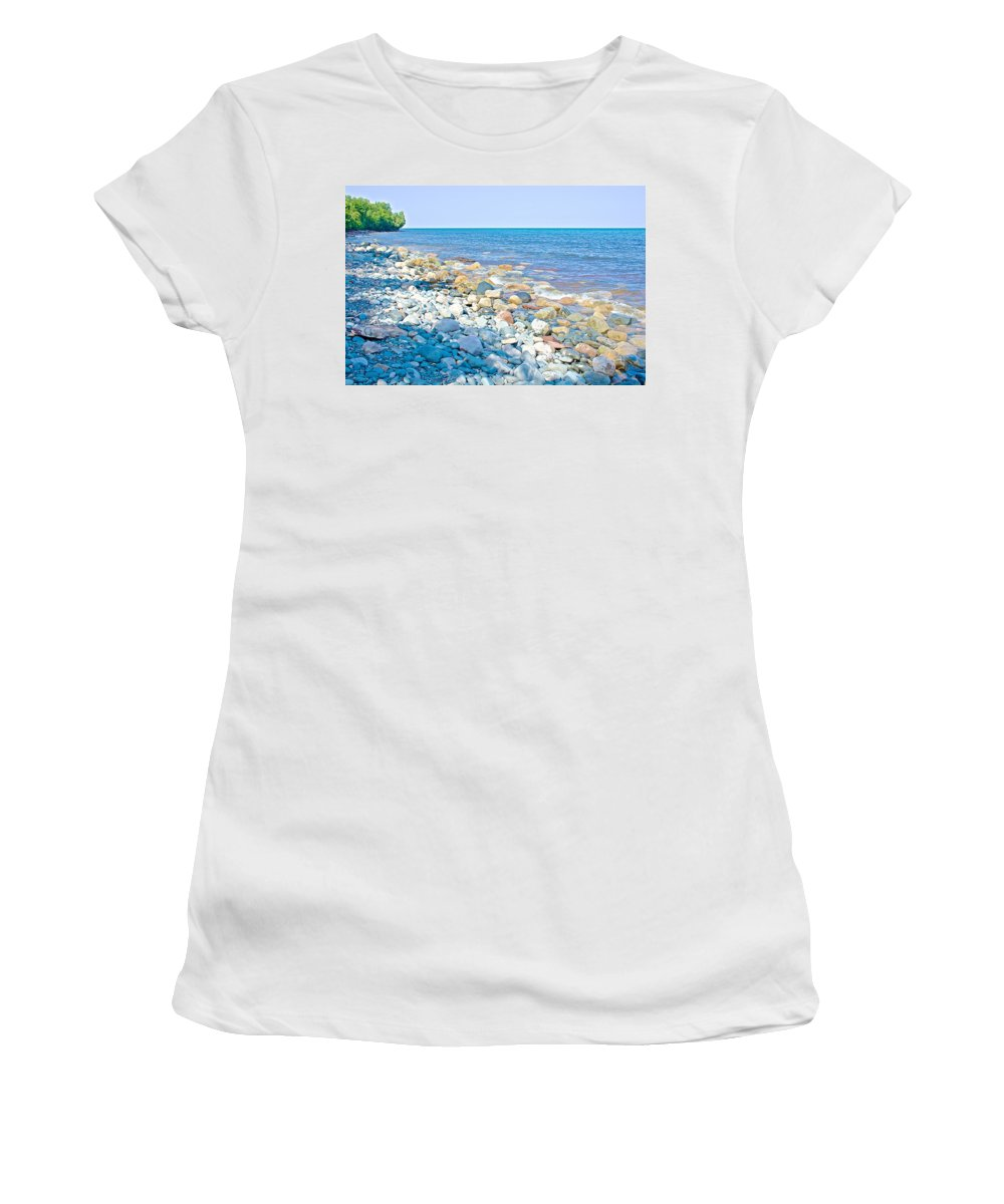 Rocky Lake Superior Shoreline Off North Country Trail In Pictured Rocks National Lakeshore Women's T-Shirt (Athletic Fit) featuring the photograph Rocky Lake Superior Shoreline Near North Country Trail In Pictured Rocks National Lakeshore-michigan by Ruth Hager