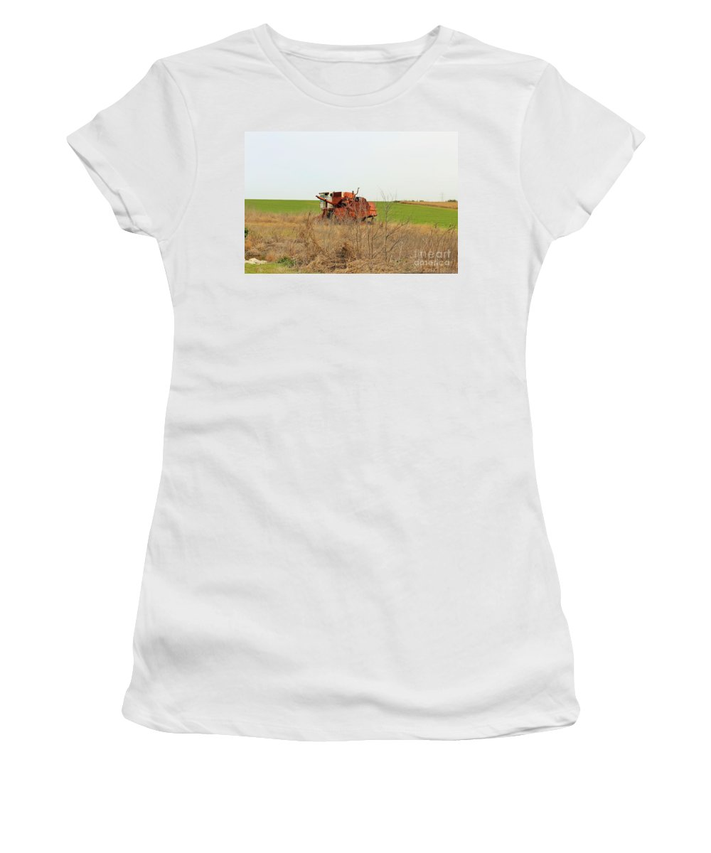 Women's T-Shirt featuring the photograph Rustic018 by Jeff Downs