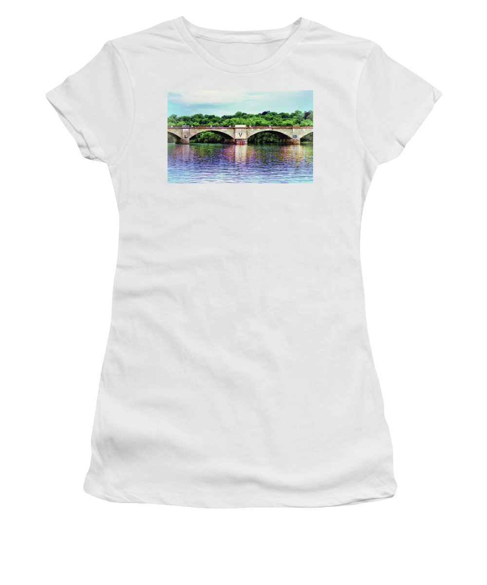 Philadelphia Women's T-Shirt (Athletic Fit) featuring the photograph Schuylkill River by Bill Cannon